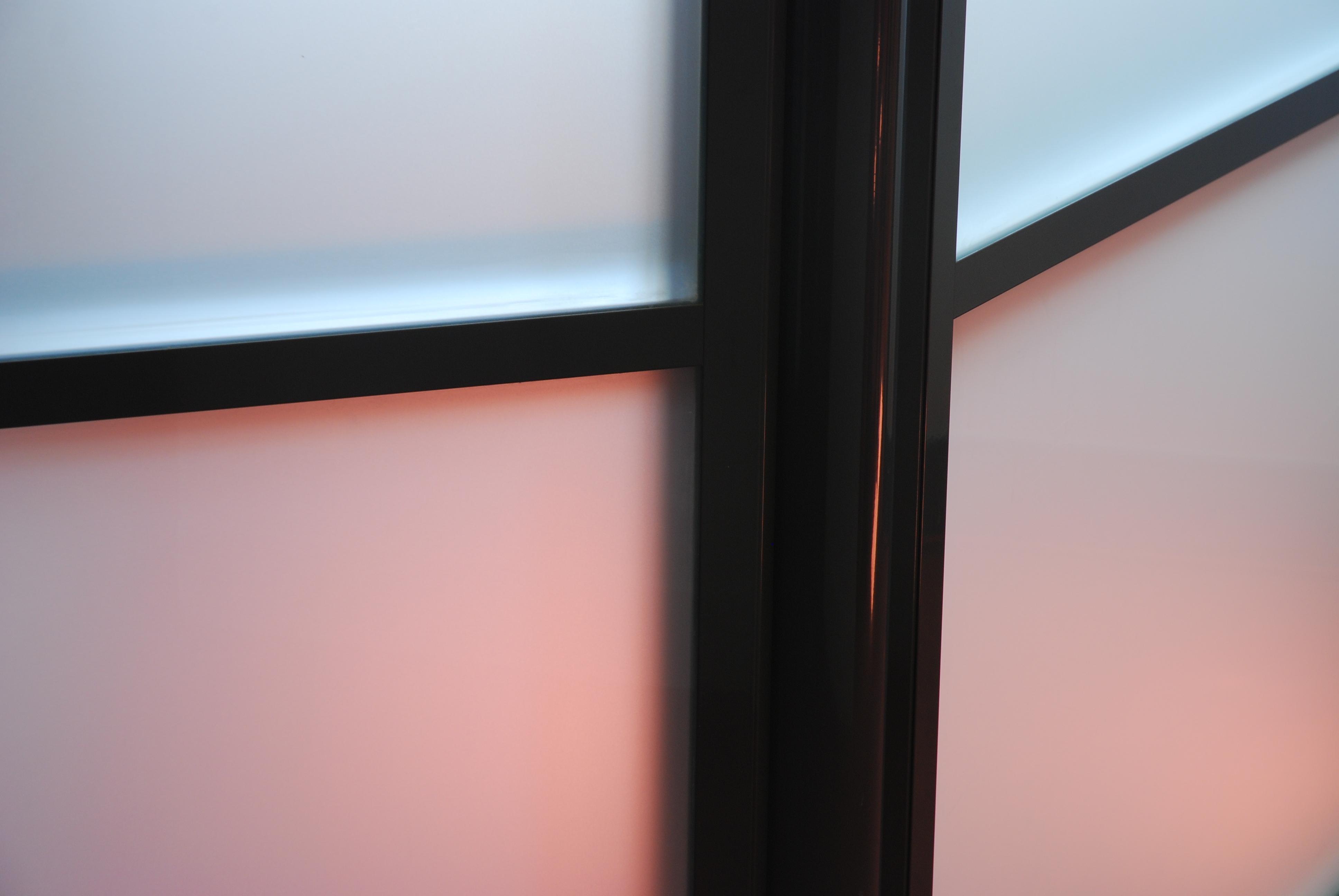 pose cloison montage cloisons espace de travail en. Black Bedroom Furniture Sets. Home Design Ideas