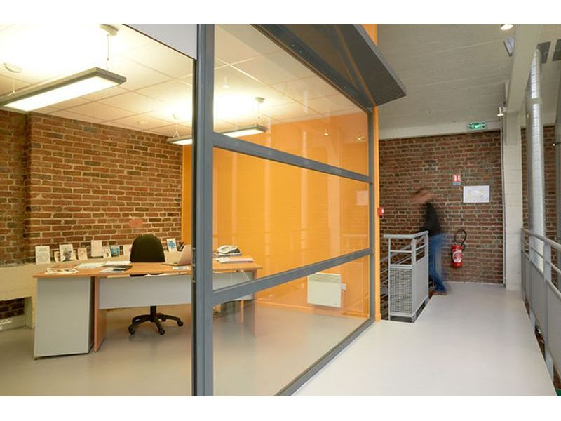 Cloison amovible vitrée de bureau ou pleine ossature aluminium