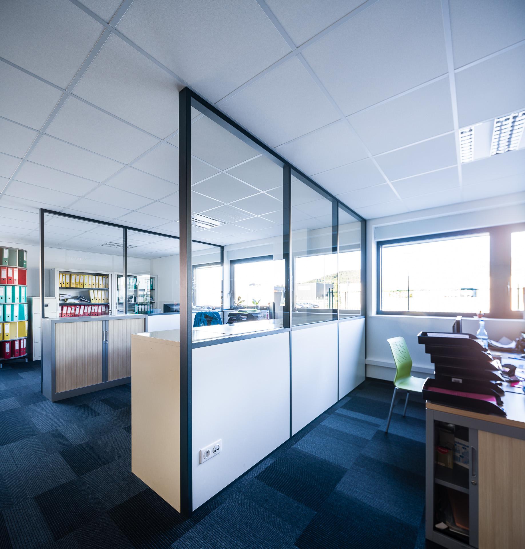 cloison amovible vitr e de bureau open space isolation phonique nancy 54 clozal. Black Bedroom Furniture Sets. Home Design Ideas